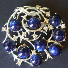 Signed CORO Vintage Brooch Pin Blue Moonglow Cabochon Clear Rhinestone Leaf W295