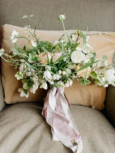 Gorgeous organic style bouquet   Creator unknown