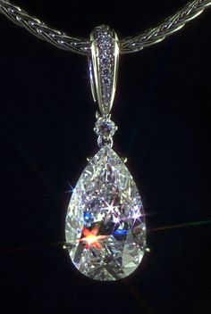Aniaro: Custom Designed Fine Jewelry of European and American craftsmanship with diamonds and colored stones