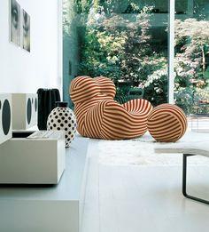 <3 Gaetano Pesce / B Italia - one of my favorite chairs of all times.