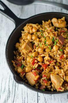 Würzige Reispfanne mit Chorizo