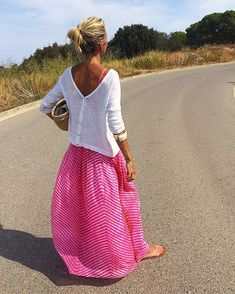 """""""Don't cry because it's over, SMILE because IT HAPPENED"""" !! ⭐️!! #streetstyle #mystyle #summertime #memories #quote #inspiration #love"""