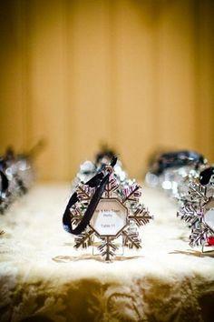 80 Beautiful Christmas Wedding Ideas   HappyWedd.com