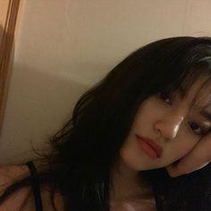 👀🖤 Kim doyeon is perfection. Kpop Girl Groups, Korean Girl Groups, Kpop Girls, Kim Doyeon, Ulzzang Korean Girl, Uzzlang Girl, Little Bit, Aesthetic Girl, South Korean Girls