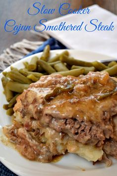 Smothered Steak – Slow Cooker Cajun Recipe – Page 2 – Recipes For Our Daily Bread Slow Cooker Cajun Smothered Steak is cooked in the Crockpot until fork tender. Amazing flavor with bell pepper, onions, Worcestershire sauce, and Cajun. Creole Recipes, Cajun Recipes, Meat Recipes, Cooking Recipes, Recipies, Grilled Recipes, Entree Recipes, Cooking Videos, Yummy Recipes