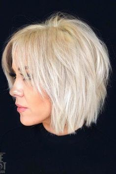 50 Best Female Haircut Style for Short Hair - # Bob Hair # Bob Haircut # Hairstyle # . für kurze Haare 50 Best Female Haircut Style for Short Hair - # Bob Hair # Bob Haircut # Hairstyle # . Short Choppy Haircuts, Haircuts For Fine Hair, Short Bob Hairstyles, Latest Hairstyles, Haircut Short, Short Shaggy Bob, Shag Bob, Trending Hairstyles, Choppy Bob With Fringe