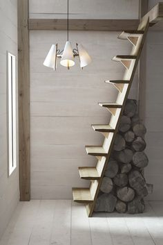 70 Clever Loft Stair Design for Tiny House Ideas – Insidexterior 30 Versatile Decorating of Stairs Ideas Design Tiny House Stairs, Attic Stairs, Stairs To Loft, Open Staircase, Staircase For Small Spaces, Space Saving Staircase, Cottage Stairs, Basement Stairs, Escalier Art