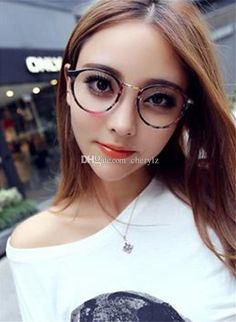 latest trend in eyeglasses  Stylish Eyeglass Fashion Trends 2016-2017