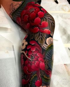 Japanese Tattoos 741616263619800849 - Japanese tattoo sleeve by Source by xavierdelepinexd Japanese Legs, Japanese Flower Tattoo, Japanese Dragon Tattoos, Japanese Tattoo Designs, Japanese Sleeve Tattoos, Sleeve Tattoos For Women, Irezumi Tattoos, Tatuajes Irezumi, Maori Tattoos