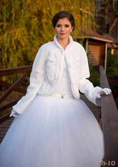 Handmade Beaded Wedding Coat Jenna with pearls from NYC Bride,Winter coat, bridal coat, bridal bole Winter Wedding Coat, Wedding Fur, Wedding Jacket, Winter Coat, Open Back Wedding Dress, White Wedding Dresses, Wedding Gowns, Bridal Bolero, Wedding Bolero