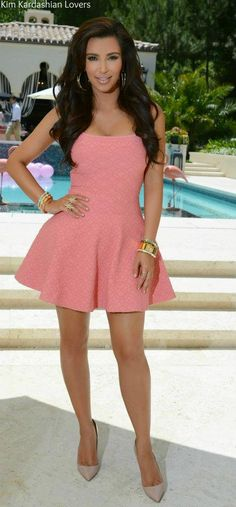 Pink & lace mini-dress with nude heels & beautiful natural makeup! Just gorg<3