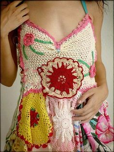I wish I knew how to crochet this well, summer project! ♥