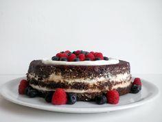Naked red velvet cake Velvet Cake, Red Velvet, Tiramisu, Naked, Baking, Ethnic Recipes, Life, Food, Bakken