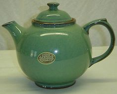 Vintage Irish Country Pottery Green Tea Pot 3 Cup Size Shannon Ireland