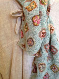 Afegão em Crochê com Flores  Rosas Quadrados -  /   Afghan Crocheting with Flowers Square Roses -