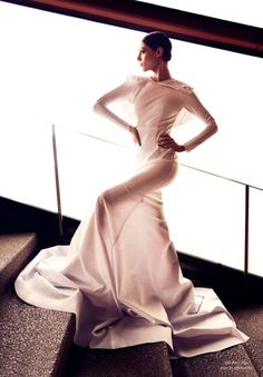 """She Wants to Move"" 