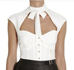 """Slim fit crepe blouse with boustier details """"Seventeen"""" available on our Shop online. Discover it and all the Mangano shirts on: www.mangano.com"""
