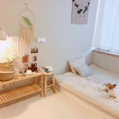 "roomgoal: ""x "" Apartment Interior, Room Interior, Small Room Bedroom, Bedroom Decor, Korean Bedroom Ideas, Deco Studio, Aesthetic Room Decor, Minimalist Room, Cozy Room"