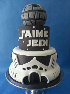 Mira que tarta Storm trooper cake. Star Wars