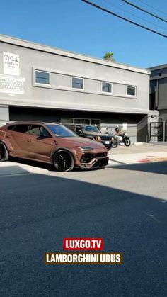 Pink Range Rovers, Range Rover Sport, Best Luxury Cars, Luxury Suv, Lamborghini Veneno, Sports Car Racing, Bentley Continental, Rolls Royce, Cool Cars
