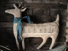 The Goode Wife of Washington County: These Are A Few Of My Favorite Things  ©2015 Stacey Mead Primitive Deer Primitive Winter Christmas