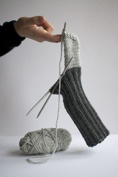 Knitting - free sock pattern (Swedish) - if you are a skilled knitter a google translation will do to make this great pair of socks