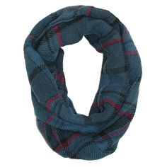 CTM® Womens Classic Knit Plaid Winter Loop Scarf. Large traditional plaid print. Versatile infinity style