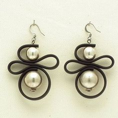 Pearl Earrings with Leather