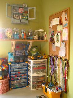 Organização de pequenos materiais.