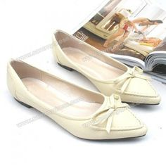 Fashion and Elegant Bowknot Embellished Mix-Matched Pointed Head Design Women's Flat Shoes PRICE  $14.78          #flats #fashion #shoe