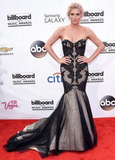 Kesha at the 2014 Billboard Music Awards: Singer Looks Healthy - Us Weekly