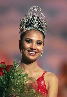 Miss Universo 2000 Lara Dutta attrice di Bollywood indiana, nata il 16 aprile 1978