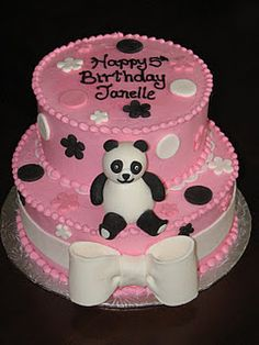PInk panda cake! Want it for my bday.......mom;) Panda Bear Cake, Bolo Panda, Panda Cakes, Beautiful Cakes, Amazing Cakes, Birthday Cake Girls, Birthday Parties, Panda Party, Pink Panda
