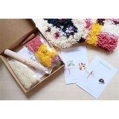 Latch hooking kits chaumière oiseau Available www.chaumiere-oiseau.ff
