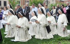 Dominican Sisters Teaching | Nashville Dominican Sisters. If you are a woman discerning a vocation, I highly recommend these wonderful teaching sisters.