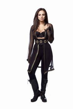 Mix the Phynez Cavoile and one of the handmade belts with black pants and biker boots for a total Vamp effect.