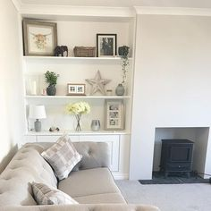Walls Ammonite by Farrow and Ball Light coloured sofa Farrow And Ball Living Room, Living Room Grey, Living Room Interior, Home Living Room, Living Room Designs, Living Room Decor, Alcove Ideas Living Room, Living Room Shelves, Bedroom Shelving