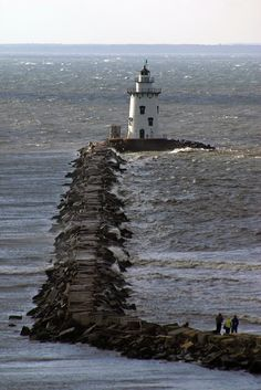 Saybrook Breakwater Lighthouse, Connecticut | by nelights