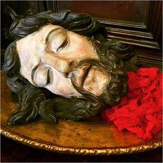 29 août - fête de la décollation de saint Jean Baptiste le Précurseur.