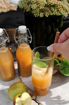 APPLE AND GINGER JUICE Ginger Juice, Pink Lady, Frisk, Cantaloupe, Apple, Snacks, Food, Alcohol, Apple Fruit