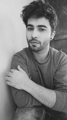 follow me on my new instagram id @realshivamsehgal to view more of my pictures and life. :) #shivam #sehgal #boys #beard #bearded #eyes #fashion #candid #tumblr #lips #human #black #guy #guys #black #b&w #white #dark #photography