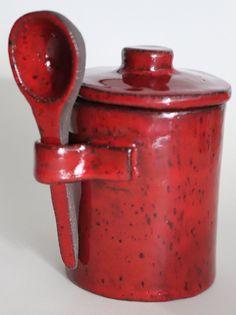 Kitchen Jars, Kitchen Utensils, Pottery Designs, Pottery Ideas, Pottery Classes, Ceramic Jars, Ceramics Projects, Glaze Recipe, Pots