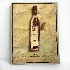 Håndlaget kort med vinflaske, som passer godt til vinelskeren.
