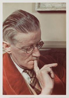 James Joyce, Paris, 1939 Colour dye transfer print. Photo copyright © Gisèle Freund / Freund Family Collection
