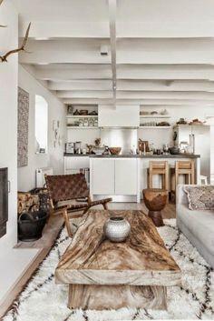 Mesa de madera natural para el salón | Decoración