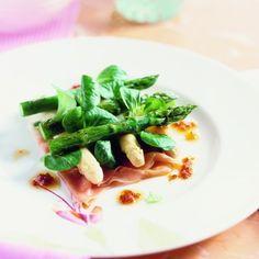 Jan Linders - Witte en groene asperges met rauwe ham (voorgerecht voor 4 personen)