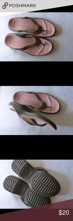 NWOT Crocs Flip Flops Sandals Size 7 NWOT Crocs Flip Flops Sandals Size 7 CROCS Shoes Sandals