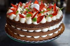 Easy Desserts, Delicious Desserts, Cake Recipes, Dessert Recipes, Jacque Pepin, Cheesecake, Deserts, Food And Drink, Birthday Cake