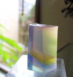 層状透明宝石石けん