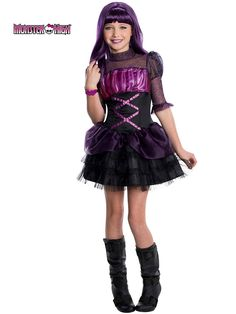 These are the Monster High Halloween costumes girls love! Keep Monster High Halloween costumes on hand for dress up, parties, and more. Costume Halloween, Halloween Costumes For Girls, Girl Costumes, Halloween Kids, Costume Ideas, Halloween Season, Children Costumes, Cartoon Costumes, Spirit Halloween